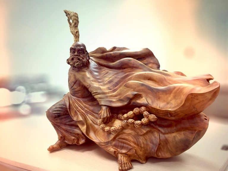 Tiêu chí lựa chọn và trưng bày tượng đạt ma bằng gỗ trong phong thuỷ tốt nhất
